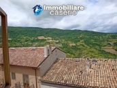 Spacious house with garage for sale in Montazzoli, Abruzzo 2