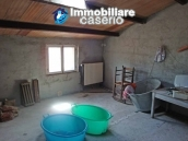 Spacious house with garage for sale in Montazzoli, Abruzzo 4