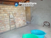 Spacious house with garage for sale in Montazzoli, Abruzzo 5