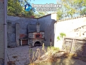 Country house with olive trees for sale near Campobasso, Molise 16