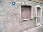Country house with olive trees for sale near Campobasso, Molise 18