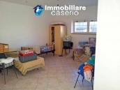Country house with olive trees for sale near Campobasso, Molise 25