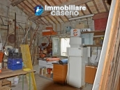 Country house with land and fruit trees for sale near the sea, Abruzzo 17