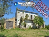 Rustic cottage sea view with land and fruit trees for sale in Abruzzo 1