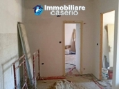 Town house to complete for sale in Furci, Abruzzo 5