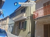 Big town haouse habitable and by the sea for sale in Monteodorisio, Abruzzo 17