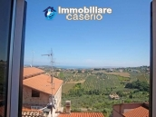 Big town haouse habitable and by the sea for sale in Monteodorisio, Abruzzo 4