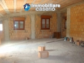 Attic to complete for sale not far from the sea, Molise 6