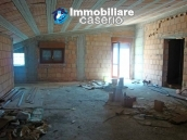 Attic to complete for sale not far from the sea, Molise 8