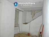 Town house not far from the sea for sale in Abruzzo 13