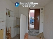 Town house not far from the sea for sale in Abruzzo 4
