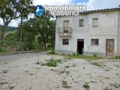 Country house with one hectare of land for sale in Palmoli, Abruzzo 1