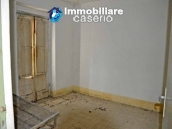 Country house with one hectare of land for sale in Palmoli, Abruzzo 11