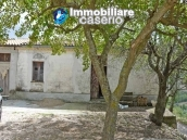 Country house with one hectare of land for sale in Palmoli, Abruzzo 4