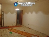 Habitable spacious house for sale on Abruzzo's hills 16