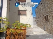 Habitable spacious house for sale on Abruzzo's hills 4