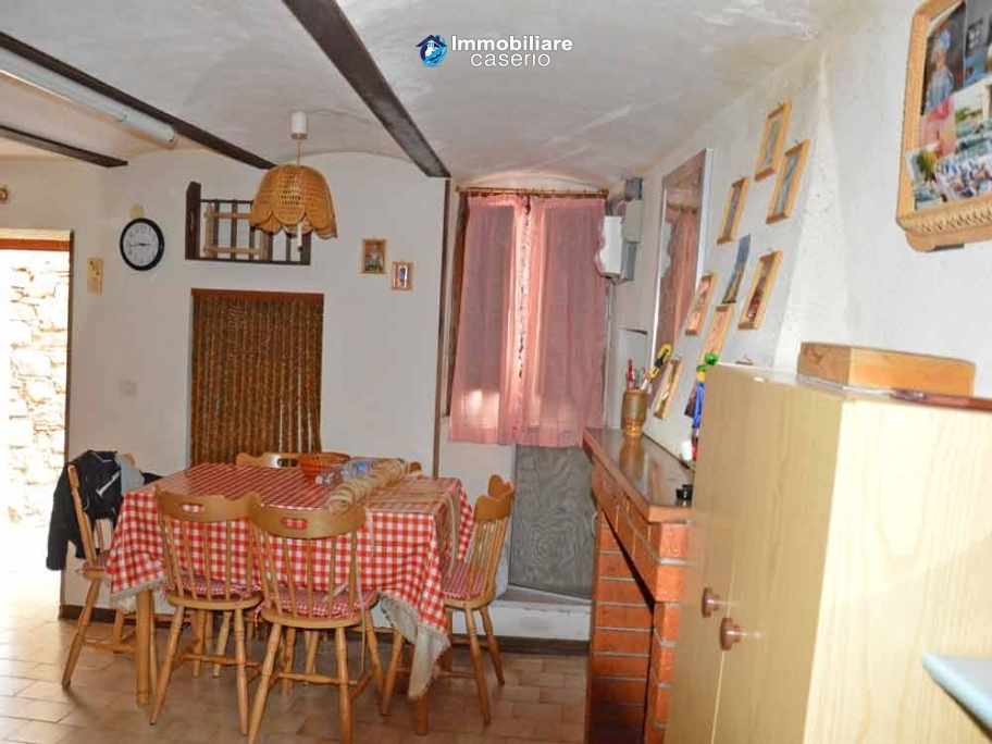 Habitable nice house with basement for sale in Palmoli, Abruzzo