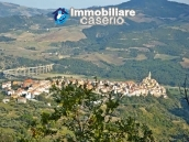 Rustic cottage with lake view for sale in Guardialfiera, Molise 9