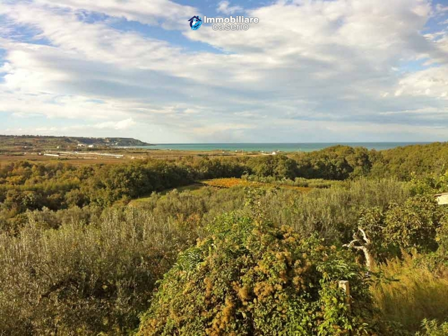 Portion of old farm house for sale near the sea, Abruzzo