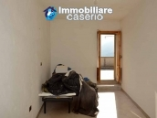 Spacious habitable house with terrace and garden for sale in Abruzzo 4