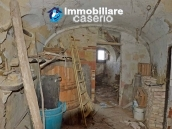 Ancient character house for sale on the Abruzzo's hill 23