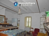 Rural house with charactere for sale with sea view in Casalbordino, Abruzzo 18