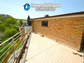 House with garage and panoramic view for sale in Italy, region Abruzzo, village Furci 3