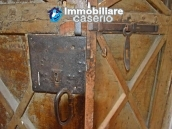 Semi-demitached house habitable and with character for sale in Abruzzo 7