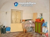 Semi-demitached house habitable and with character for sale in Abruzzo 8