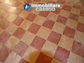 Semi-demitached house habitable and with character for sale in Abruzzo 9