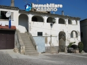 Historic buidling very huge and with character for sale in Pretoro, Abruzzo 1
