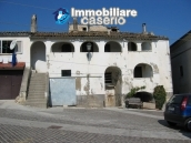 Historic buidling very huge and with character for sale in Pretoro, Abruzzo 16