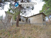 Country home with great view for sale in Furci, Abruzzo 2