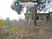 Country home with great view for sale in Furci, Abruzzo 3