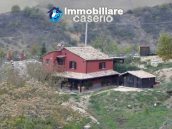 Farm house rustic and elegant taste for sale in Fossalto, Molise 1