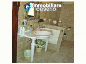 Farm house rustic and elegant taste for sale in Fossalto, Molise 52