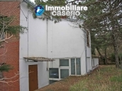 Detached house in the countryside of Abruzzo for sale at exceptional price 10