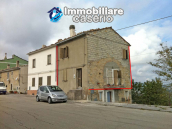 Renovated two bedrooms house for sale in Fraine, Abruzzo 1