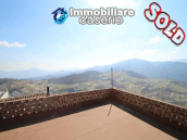 Town house with terrace for sale in Carunchio, Abruzzo 1