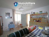 Town house with terrace for sale in Carunchio, Abruzzo 4