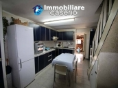 Habitable house not far from the sea with garden for sale in Molise 3