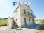 Country house with land, garage and terrace for sale in Molise 1