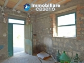 Country house with land, garage and terrace for sale in Molise 13