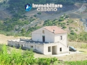 Country house with land, garage and terrace for sale in Molise 15