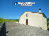 Country house with land, garage and terrace for sale in Molise 16