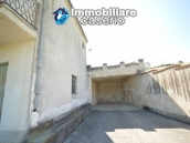 Country house with land, garage and terrace for sale in Molise 22
