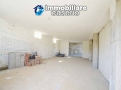 Country house with land, garage and terrace for sale in Molise 23