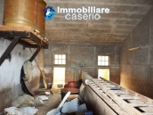 Big country house with land with sea view for sale in San Salvo, Abruzzo 9