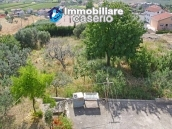 Building with five apartments for sale in Cupello, close to the sea 9