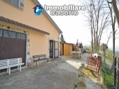 Habitable country house with garden for sale in Palmoli, Abruzzo 3